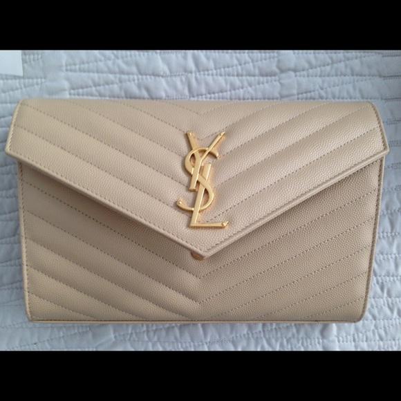 2c4b8bd4a221 Yves Saint Laurent Bags